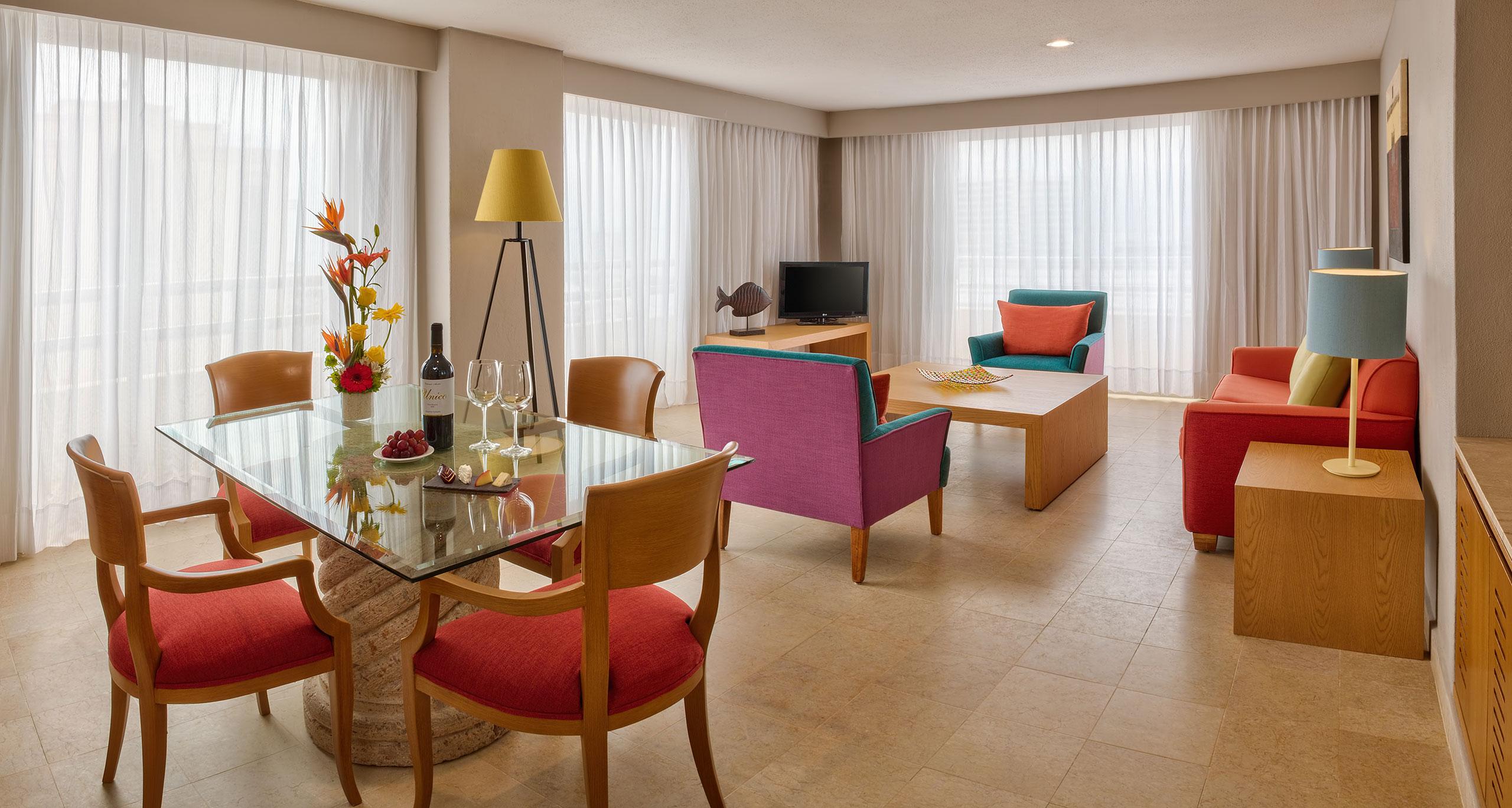 Master suite from Galeria Plaza Veracruz hotel